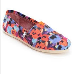 TOMS Floral Slip On Womens Size 7.5